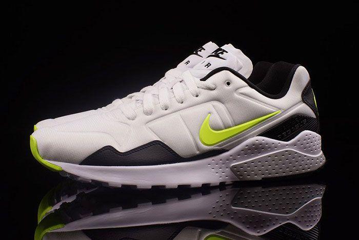 Nike Volt Pack 5
