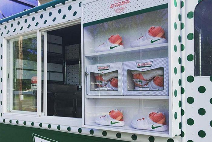 Nike Kyrie 2 Krispy Kreme