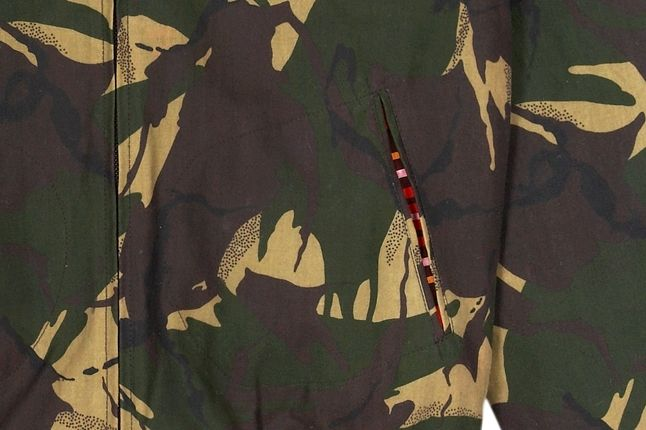 Fred Perry Laurel Wreath Camo Bomber Pocket Detail 1