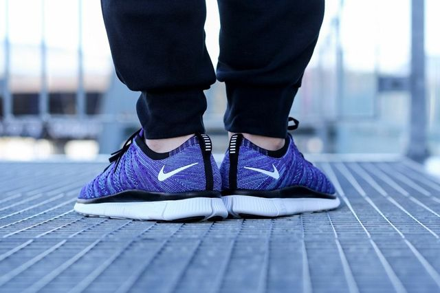 Nike Free Flyknit Nsw Court Purple 2