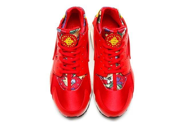 Nike Floral Huarache 1