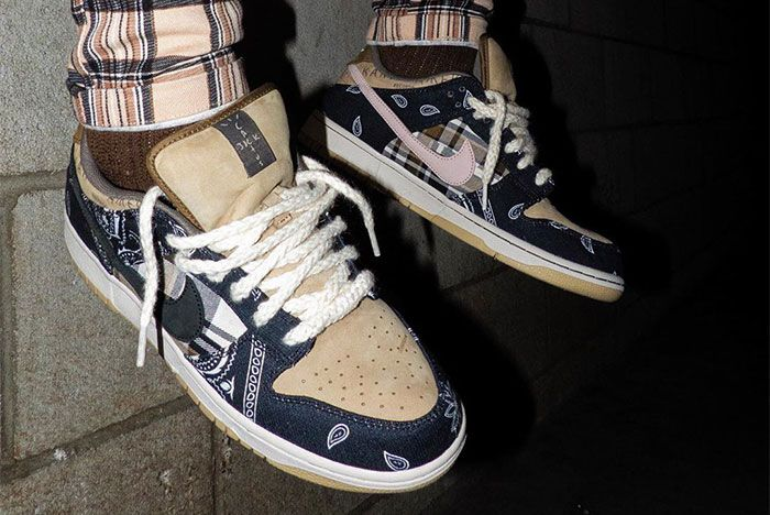 Travis Scott Nike Sb Dunk Low Mid
