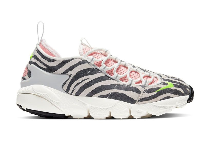 Nike Air Footscape Bstn Black Friday Lateral Side Shot