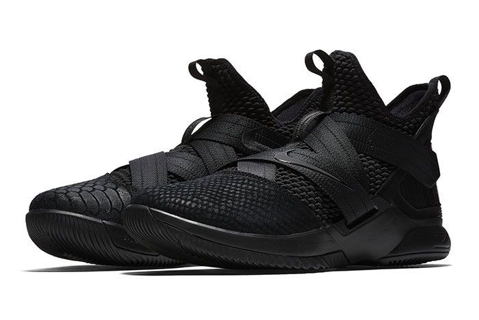 Nike Lebron Soldier 12 Sfg Triple Black 7