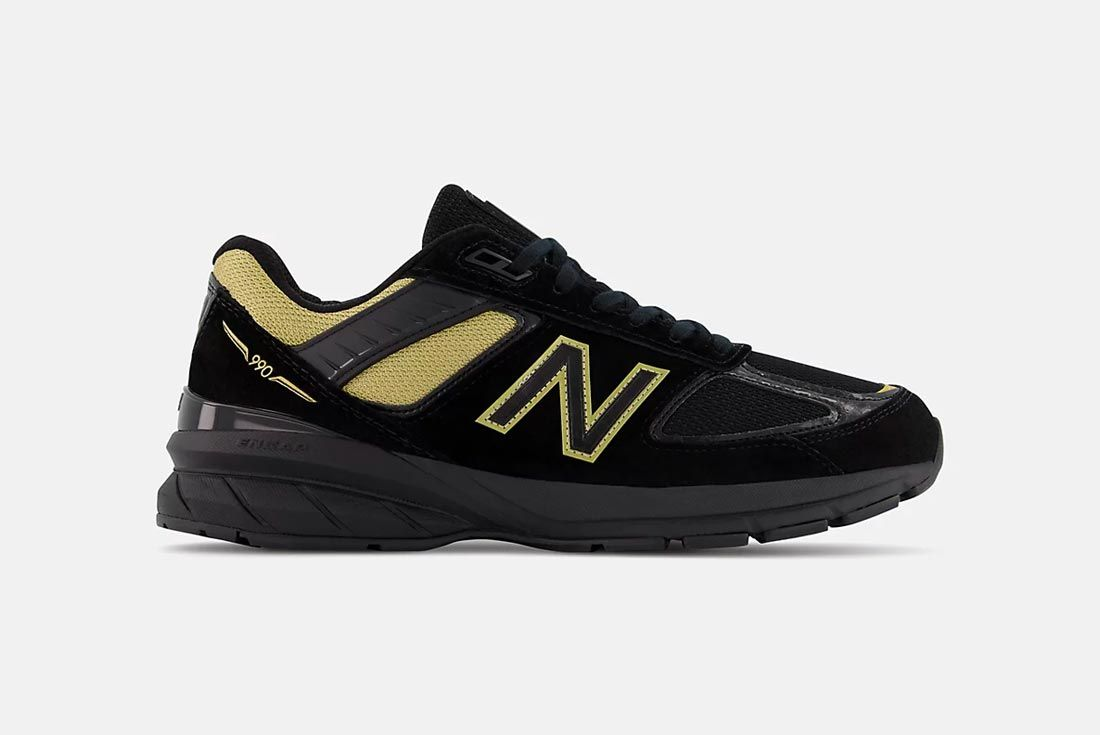 New Balance 990v5 Black/Gold