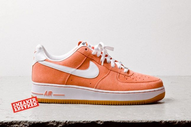 Nike Air Force 1 Low Suede Salmon Profile