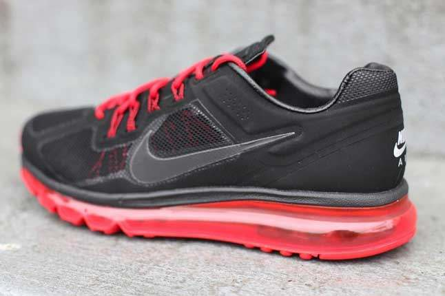 Nike Air Max 2013 Black Unired Heel 1
