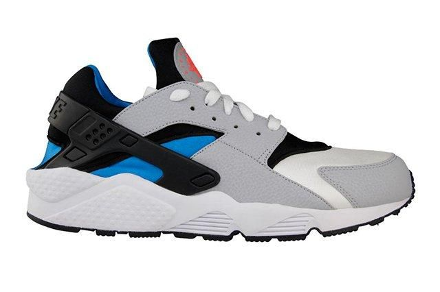 Nike Air Huarache Wolf Grey Blue Hero 1