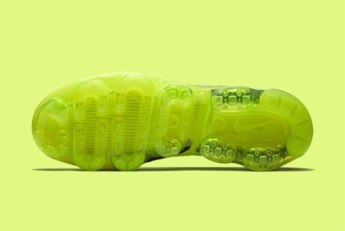 Nike Vapormax Volt 5