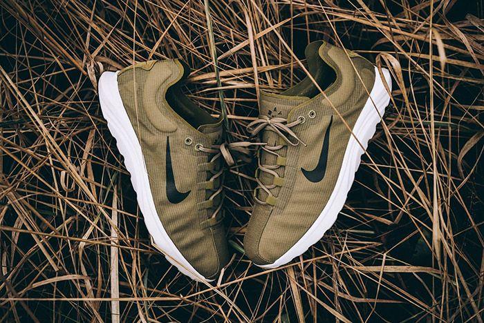 Nike Mayfly Lite Camper Green 1
