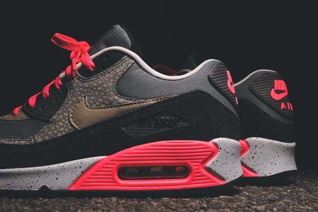 Nike Air Max 90 Holiday Prm Safari 1