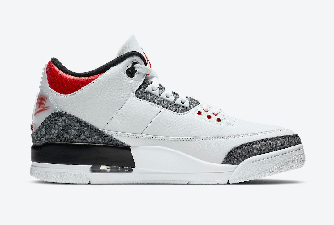 Air Jordan 3 Fire Red Japan Exclusive Right