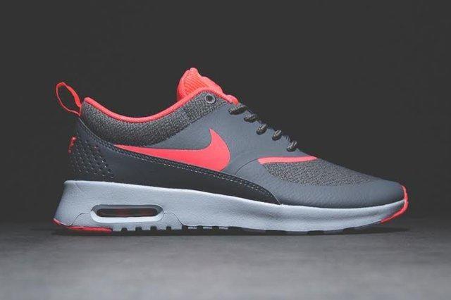 Nike Air Thea Hyperpunch 2