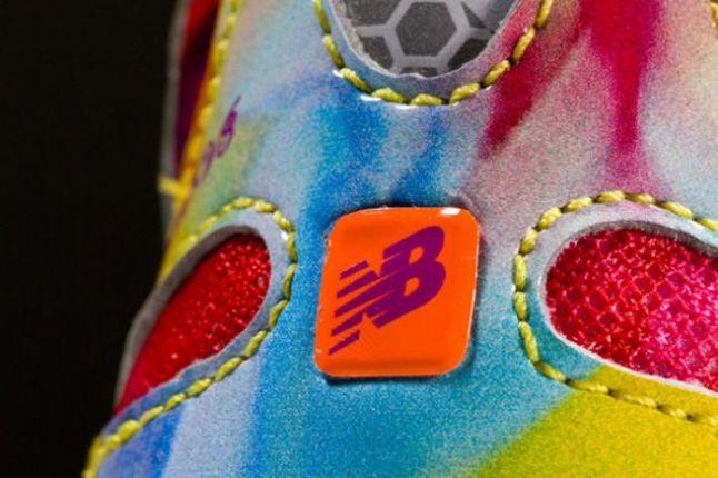 New Balance M890V3 Rainbow Spring 2013 Heel Detail 1