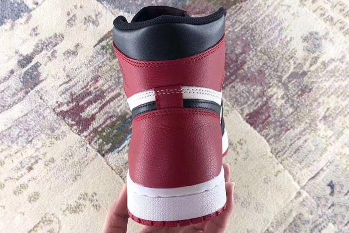 Air Jordan 1 Bred Toe Sneaker Freaker 3