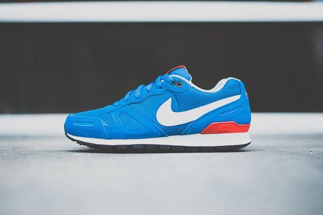 Guiño canal Revolucionario  Nike Air Waffle Trainer (Military Blue) - Sneaker Freaker