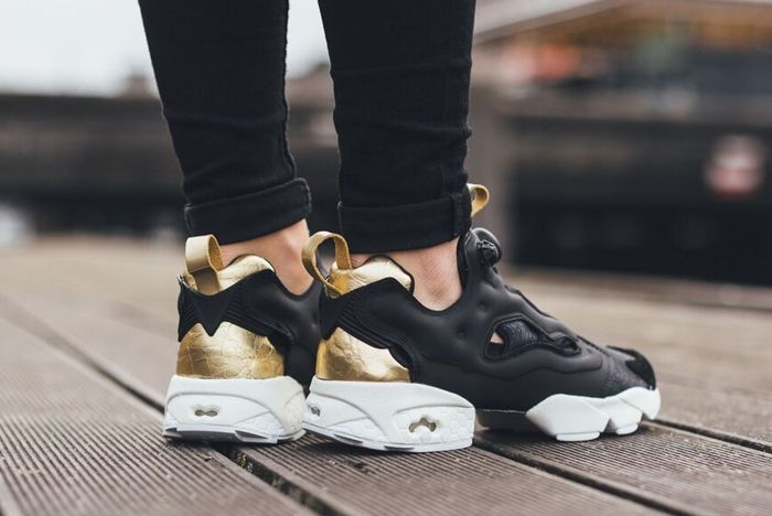 Reebok Insta Pump Fury Black Gold White 31