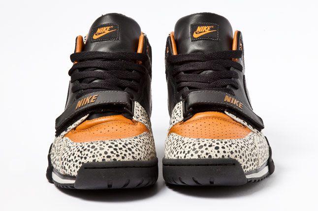 Nike Air Trainer Safari 04 1