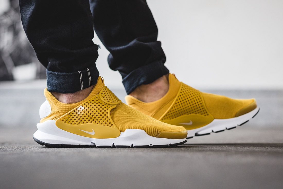 Nike Sock Dart Gold On Foot 4
