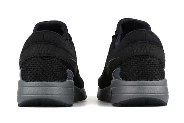 Nike Air Max Zero Black 2