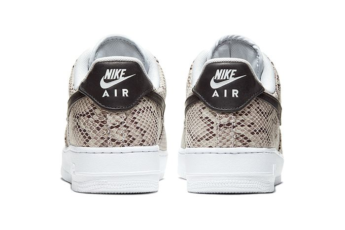 Nike Air Force 1 Low Premium Snakeskin White Black Pure Platinum Bq4424 100 Release Date Heel