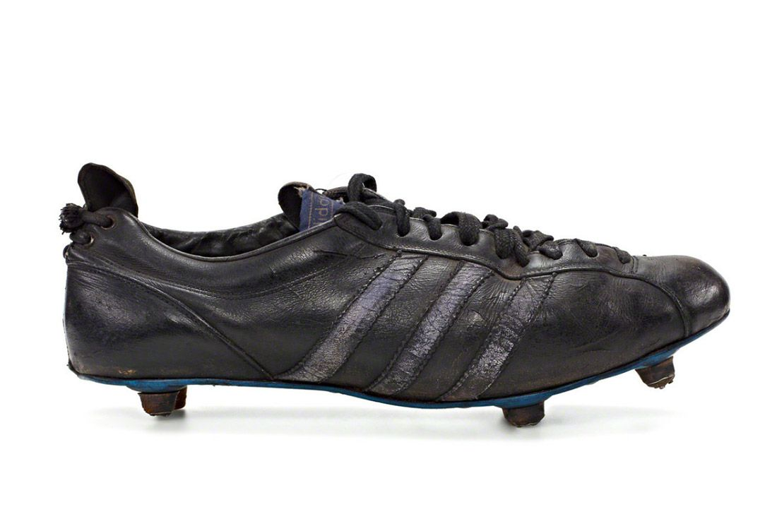 Material Matters Football Adidas Achilles 1966 2