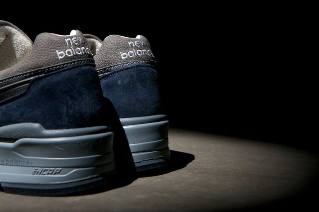 New Balance 997 Navy 6