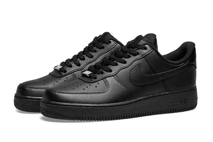 Nike Air Force 1 Triple Black