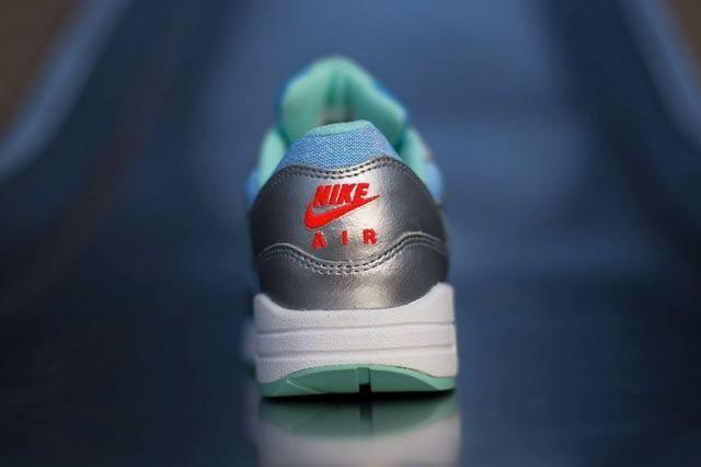Nike Air Max 1 Artisan Teal Bright Crimson 2