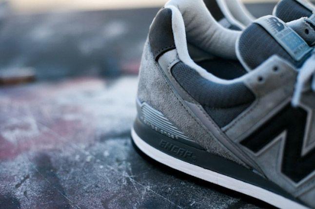 New Balance M996 996Gl Feature Sneaker Boutique Side Heels 1