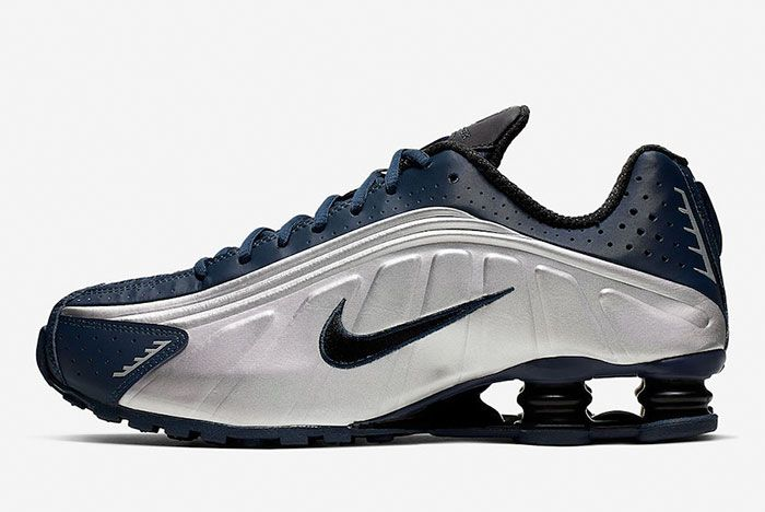 Nike Shox R4 Midnight Navy Metallic Silver 104265 405 Lateral