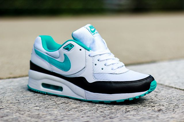 Nike Wmns Air Max Light Dusty Cactus 4