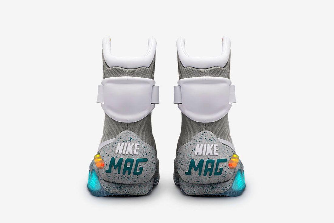 Nike Mag 1 2 1