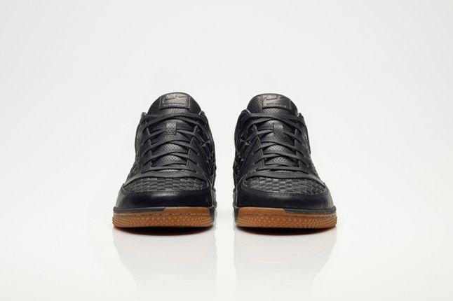 Nike Woven Street Gato 4 1