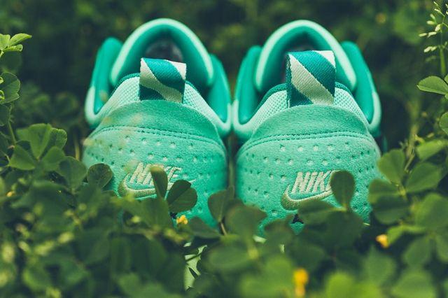 Nike Air Max Tavas Green Glow 5