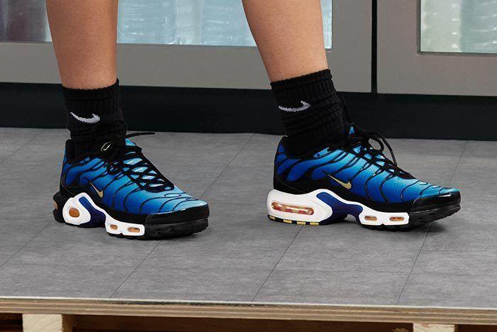 Nike's OG 'Hyper Blue' TNs Available