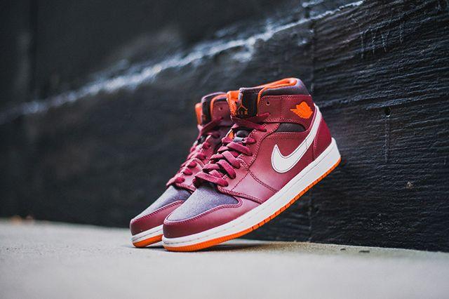 Air Jordan 1 Team Red Electric Orange 6