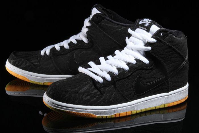 Nike Sb Dunk High Skunk 2