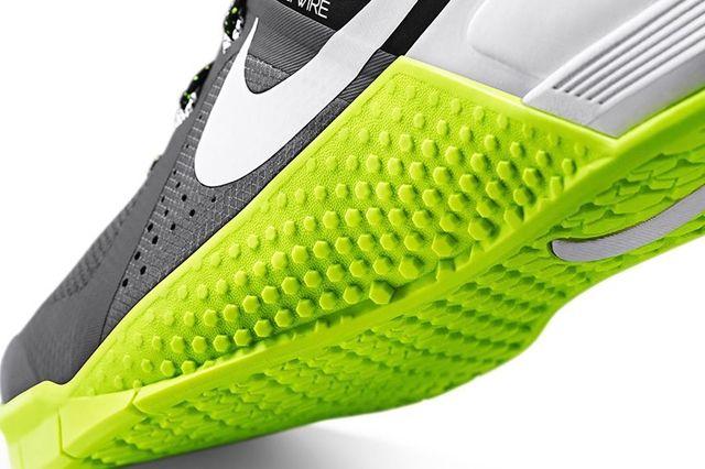 Nike Metcon 1 Dark Grey Volt 2