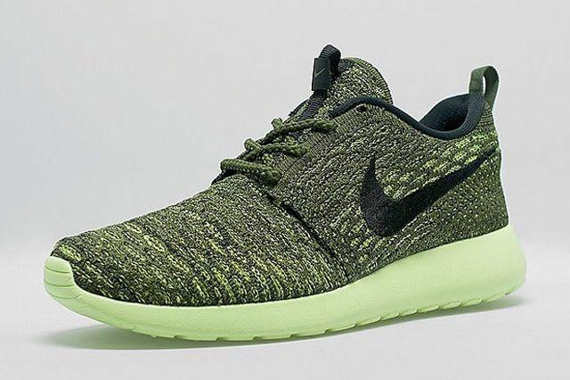 Nike Roshe Run Flyknit Womens Green Envy 3