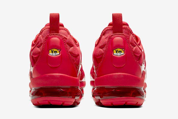 Nike Air Vapor Max Plus Red Cw6973 600 Heel Shot