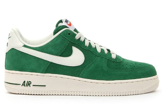 Nike Air Force 1 Low Suede Green Profile 1