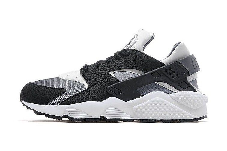Nike Air Huarache Black White Dark Grey 1