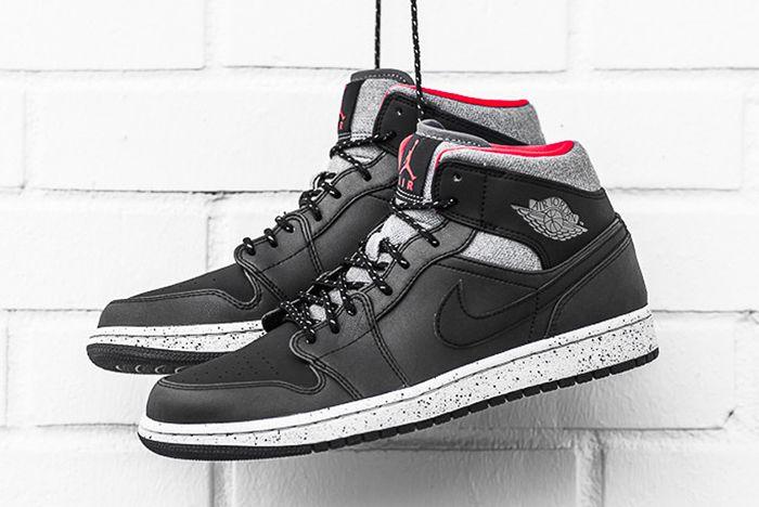 Air Jordan 1 Mid Black Cement8