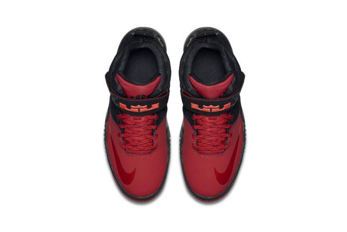 Nike Air Akronite 1