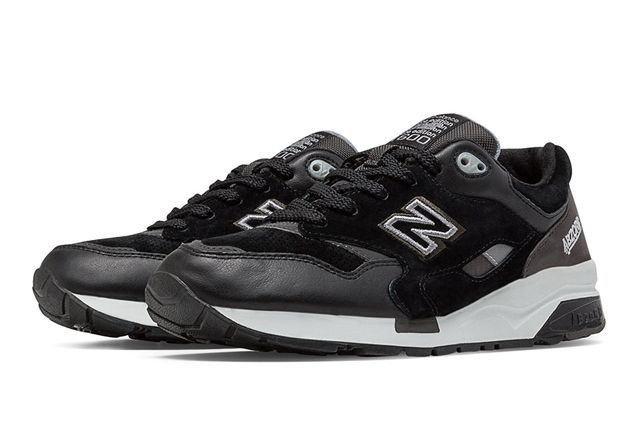 New Balance Sound And Stage 7