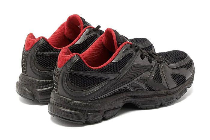 Vetements Reebok Spike Runner 200 Black Heel
