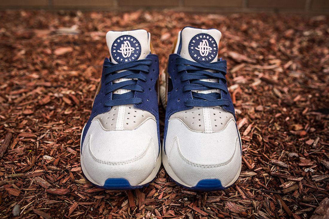 Nike Air Huarache White Sail Navy4
