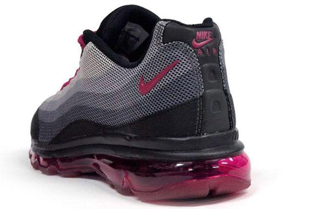 Nike Wmns Air Max 95 Dynamic Flywire Black Purple Grey Reverse Angle 1