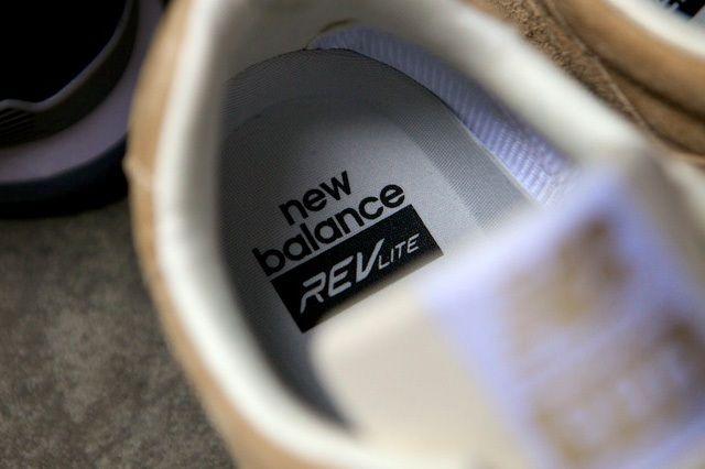 New Balance 886 Revlite Navy Beige 17